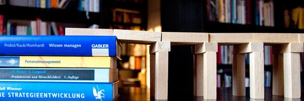 Wissen: Fundament, Baustein und Brücke